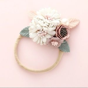 Other - 🌺Gorgeous baby headband 🌺